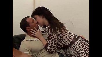 Полнометражное секс клипы с групповым трахом русских молодых красоток